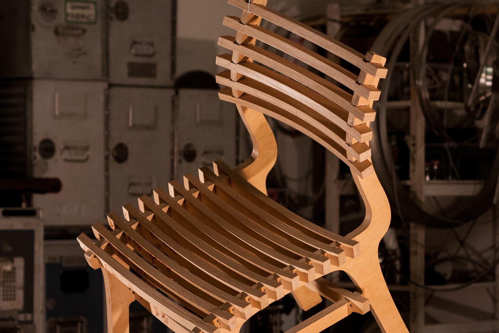 rawstudio–chair–tupac–header–01